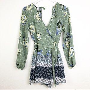Francesca's | Green Floral Pattered Wrap Romper M